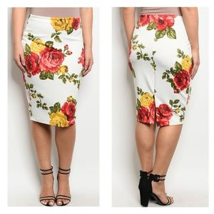 Dresses & Skirts - White Skirt Floral Print Red Bodycon